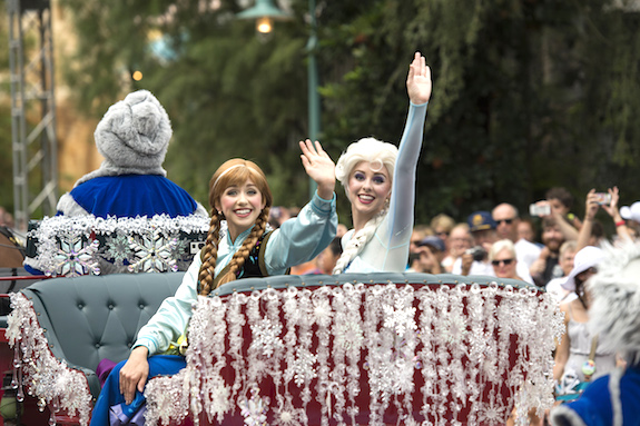 """Frozen Summer Fun Live!"" at Disney's Hollywood Studios"