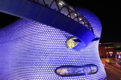 Selfridges_Birmingham_at_night