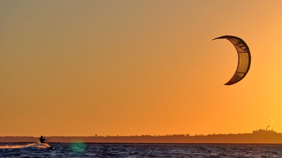 Kitesurfing-Wallpaper-Sunset