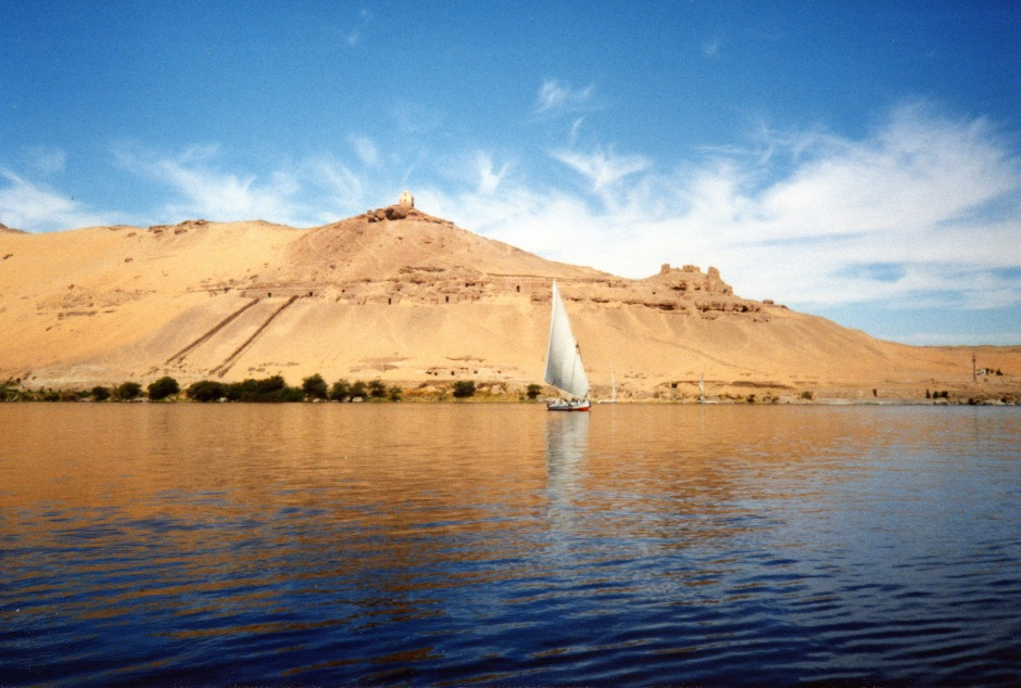 River-Nile-near-Aswan